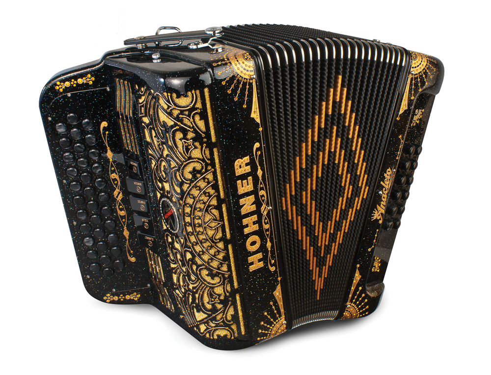 how to play the accordion norteno